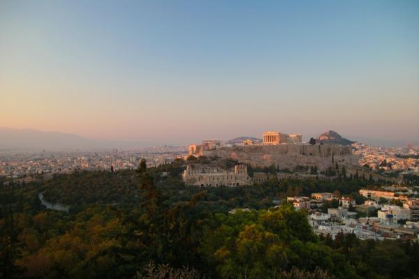 Νοίκιασε αυτοκίνητο στην Αθήνα και απόλαυσε το ταξίδι σου