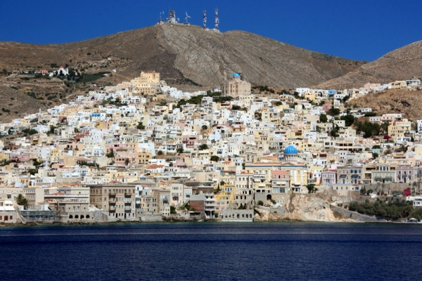Rent a car in Syros island and explore beautiful beaches