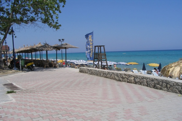 Hire a car Chanioti - Mietwagen in Chanioti Chalkidiki